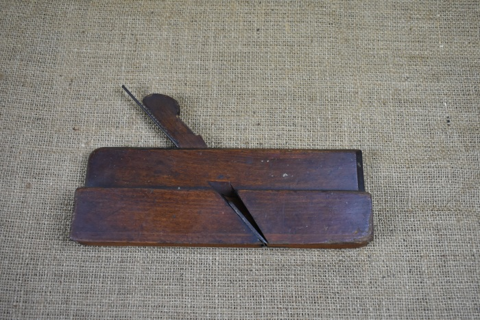 Moulding plane by S.Tomkinson.