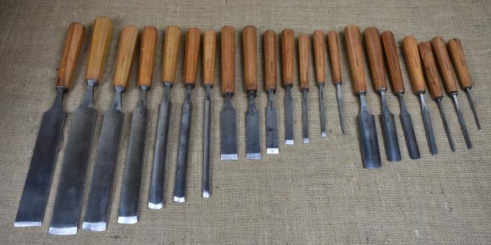 Set of 21 Chisels