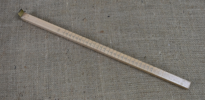 "No.168H 16"" Clogger's size stick, from I & D Smallwood."