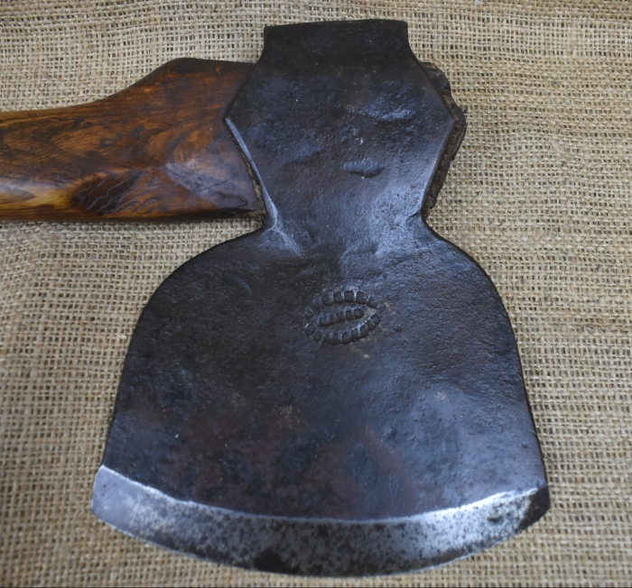 J.Fenner, Boars Head, (East Sussex) 4lb side axe.