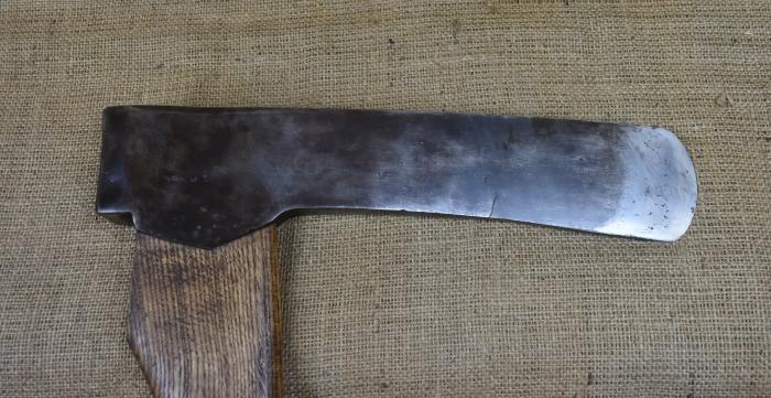 """7lb Long felling axe, 14.1/4"""" long x 3"""" edge, 36""""handle. No maker's mark"""