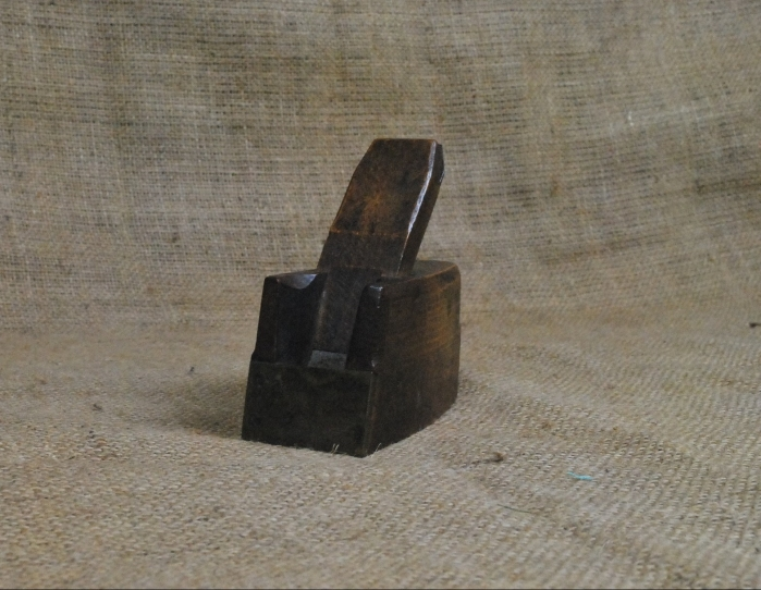 "1.3/4"" x 4.1/2"" Brass fronted wooden bullnose plane marked Fairclough, Liverpool."