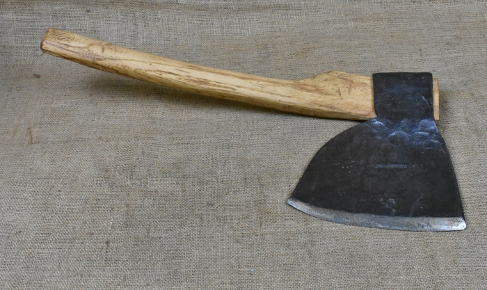 7lb Side Axe by J.Fenner, Boars Head, East Sussex. One of the largest English side axes I have seen. The curved handle was copied from the very rotten original from some cleft ash.